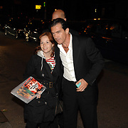 NLD/Amsterdam/20070611 - Aankomst van Antonio Banderas in Amsterdam voor de premiere van Shrek 3 --  Arrival of Antonio banderas in Amsterdam for the premiere of Shrek 3