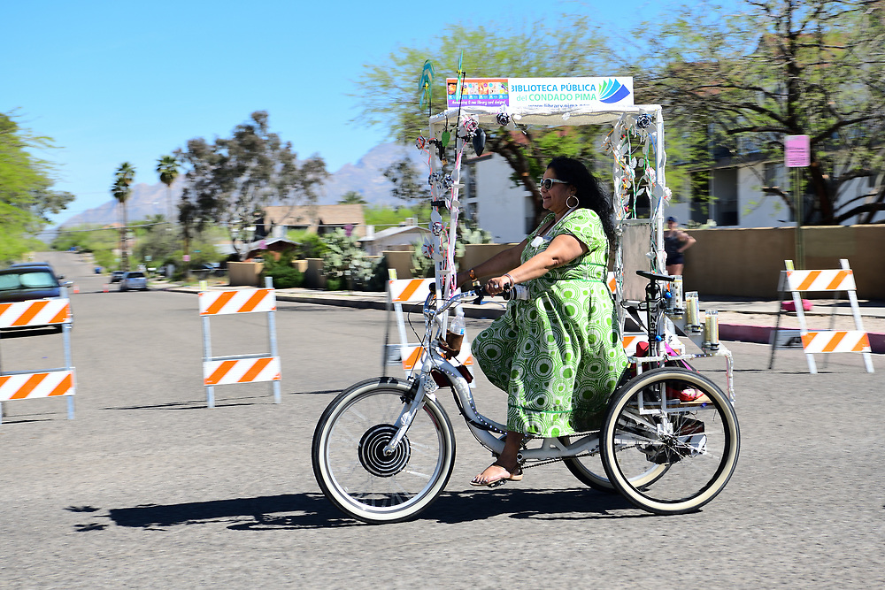 The Pima County Library is on a roll! Lupita the librarian pedals the Cyclovia Tucson route with a bike that carries lights and candles and plays music.