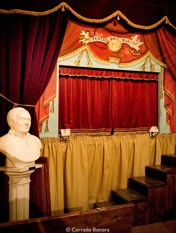 Piccolo Teatro dei Pupi dei Fratelli Mauceri. Syracuse, Sicily. Val di Noto, Unesco World Heritage.