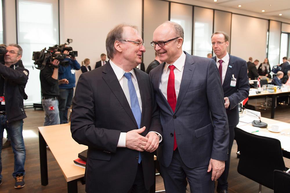 16 MAR 2017, BERLIN/GERMANY:<br /> Reiner Haseloff (L), CDU, Ministerpraesident Sachsen-Anhalt, und Erwin Sellering (R), SPD, Ministerpraesident Mecklenburg-Vorpommern, im Gespraech, vor Beginn einer Sitzung der Ministerpraesidentenkonferenz, Bundesrat<br /> IMAGE: 20170316-01-003<br /> KEYWORDS: Ministerpräsidentenkonferenz, MPK, Gespräch