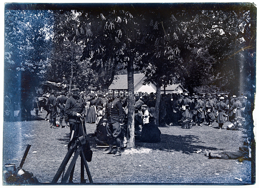 ww1 French army detachment gathering France