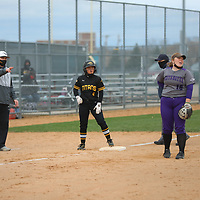 Women's Softball: University of Wisconsin-Oshkosh Titans