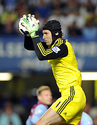 "Chelsea's Petr Cech   - Photo mandatory by-line: Joe Meredith/JMP - Tel: Mobile: 07966 386802 21/08/2013 - SPORT - FOOTBALL - Stamford Bridge - London - Chelsea V Aston Villa - Barclays Premier League - EDITORIAL USE ONLY. No use with unauthorised audio, video, data, fixture lists, club/league logos or ""live"" services. Online in-match use limited to 45 images, no video emulation. No use in betting, games or single club/league/player publications"