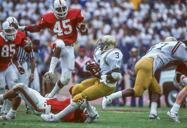 COLLEGE FOOTBALL: Stanford v UCLA, Vaughan Williams #45 SU, Oct 1981 at Stanford Stadium in Palo Alto, California.