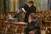 Worshippers visit Westminster Cathedral in Central London, Britain, 18 March 2020. The British government announced curbs on social gatherings leading to the Catholic Church and Church of England to suspend services, as part of measures to stem the spread of the coronavirus Covid-19 pandemic. (Photo/Vudi Xhymshiti)