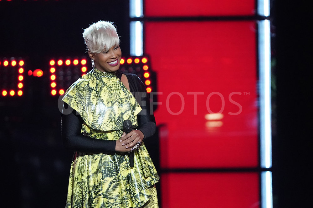"""THE VOICE  -- """"Knockout Rounds"""" Episode 2010 --  Pictured: Pia Renee -- (Photo by: Tyler Golden/NBC)"""