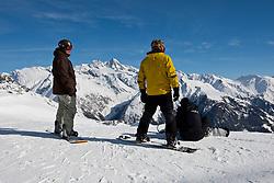 THEMENBILD - Adlerlounge im Grossglocknerresort. Wintersport im Antlitz des Grossglockner 3.798m. Kals am 27.02.2010. EXPA Pictures © 2010, PhotoCredit: EXPA/ Johann Groder