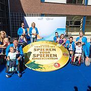 NLD/Utrecht/20160825 - Start Spieren voor Spieren actie, groepsfoto