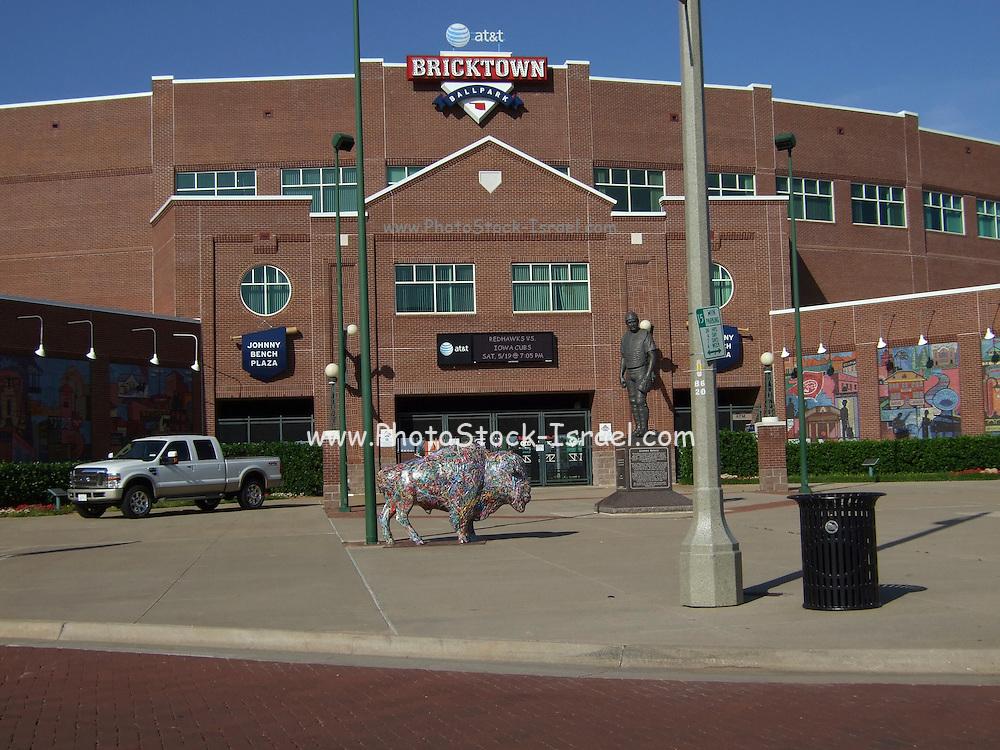 USA, Oklahoma, Oklahoma City, Johnny Bench Plaza and Bricktown Ballpark .