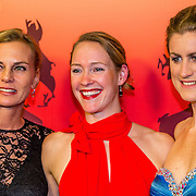 NLD/Amsterdam/20161221 - NOC*NSF Sportgala 2016, ....... en Hinkelien Schreuder en Vera Koedoder