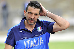 June 5, 2017 - Florence, Florence, Italy - Italy's player Gianluigi Buffon during the training session at the Coverciano Training Center. The Italian national team will face in a friendly match the Uruguay national team in Nice on 7th June 2017 and Liechtenstein in Udine on 11th June 2017, match valid for FIFA World Cup Russia 2018 Qualifiers Europe Group G. (Credit Image: © Giacomo Morini/Pacific Press via ZUMA Wire)