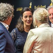 """NLD/Utrecht/20190927 - Opening NFF openingsfilm """" Instinct"""", Femke Halsema met partner Robert Oey begroeten Edwin de Vries en Monique van der Ven"""