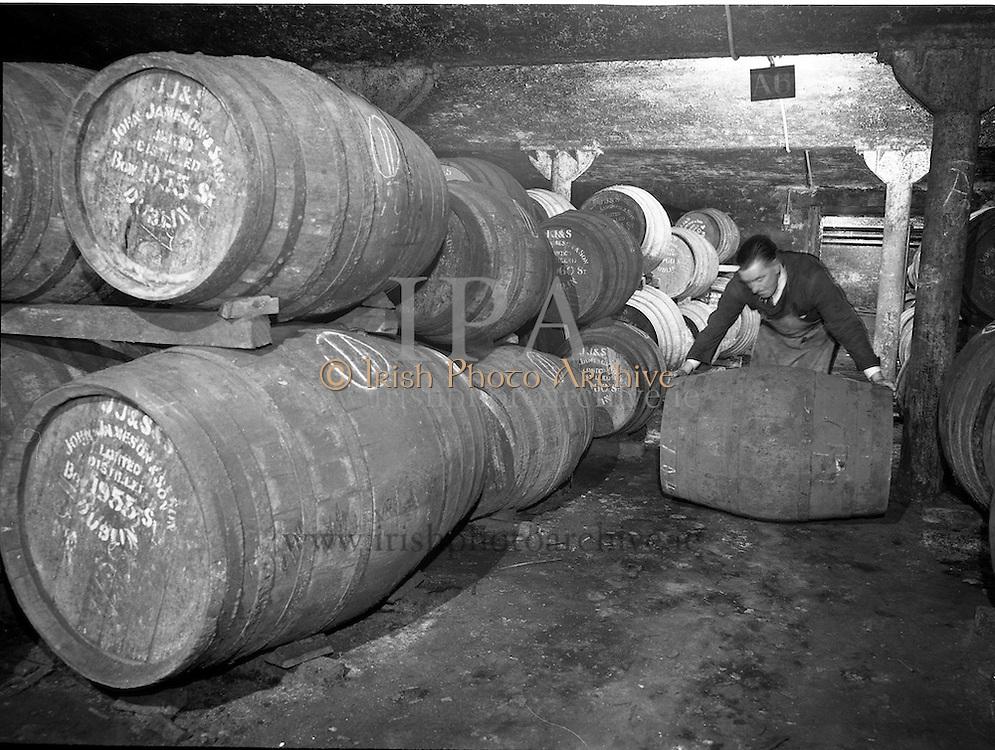 30/08/1963<br /> 08/30/1963<br /> 30 August 1963<br /> Jameson Distillery, interior views of cask storage at Bow Street, Anne Street and 2 Amiens, Street,Jameson's, Irish, Whiskey, jameson,