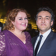 NLD/Amsterdam/20151124 - Premiere Hallo Bungalow, Eva van der Gucht en partner Domenico Mertens