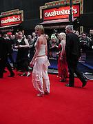 Elize du Tolt, TV Bafta Awards, London Palladium. 13 April 2003. © Copyright Photograph by Dafydd Jones 66 Stockwell Park Rd. London SW9 0DA Tel 020 7733 0108 www.dafjones.com