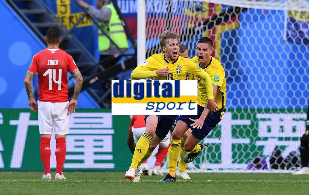 FUSSBALL WM 2018 Achtelfinale ------ Schweden - Schweiz 03.07.2018 Emil Forsberg (Schweden) bejubelt seinen Treffer zum 1:0 *** FIFA World Cup 2018 Eighth finals Sweden Switzerland 03 07 2018 Emil Forsberg Sweden celebrates his 1 0 0 goal PUBLICATIONxNOTxINxAUTxSUIxITA