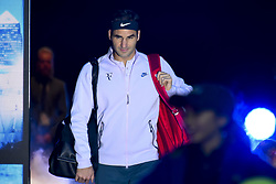 November 18, 2017 - London, England, United Kingdom - Switzerland's Roger Federer comes onto the court to play Belgium's David Goffin during their men's singles semi-final match on day seven of the ATP World Tour Finals tennis tournament at the O2 Arena in London on November 18, 2017. (Credit Image: © Alberto Pezzali/NurPhoto via ZUMA Press)