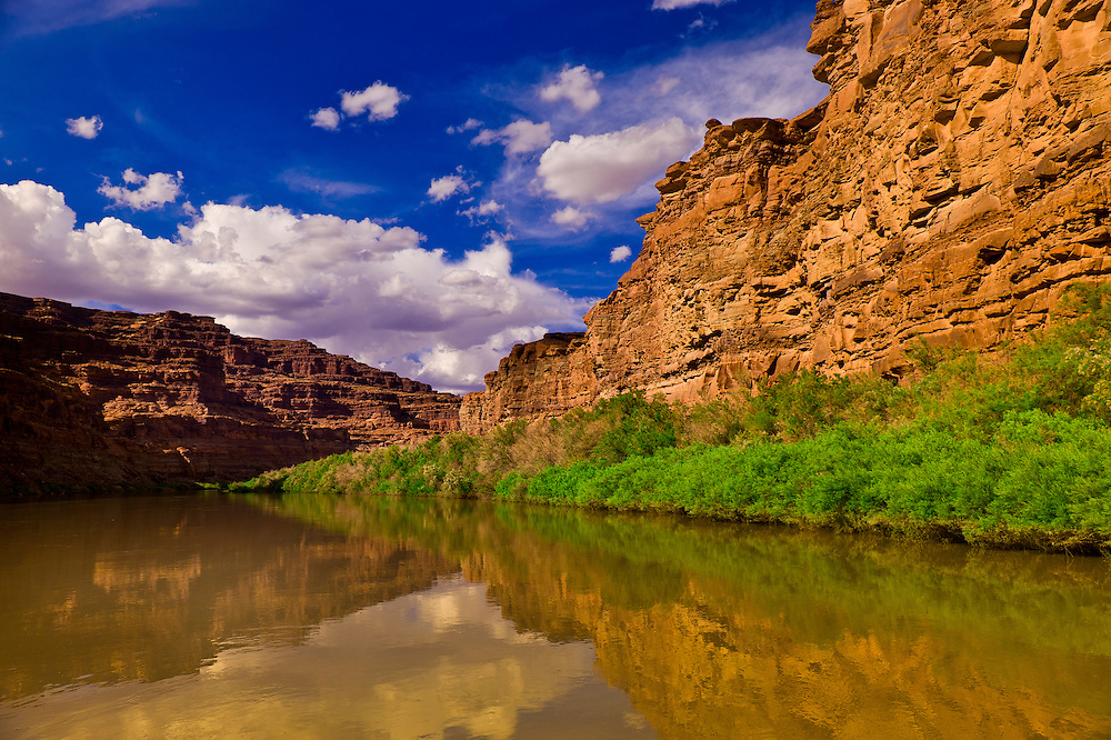 Meander Canyon section of the Colorado River, in Canyonlands National Park, Utah, USA.
