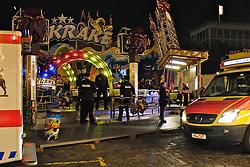 27.10.2011, Buergerweide / Bürgerweide, Bremen, GER, Freimarkt, im Bild Unfall mit Gondel des Fahrgeschaefts /Fahrgeschäfts Krake // Freimarkt on 2011/10/27, Buergerweide / Büergerweide, Bremen, Germany. EXPA Pictures © 2011, PhotoCredit: EXPA/ nph/  Gumz       ****** out of GER / CRO  / BEL ******