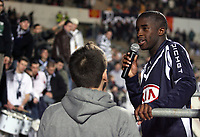 Fotball<br /> Frankrike<br /> Foto: DPPI/Digitalsport<br /> NORWAY ONLY<br /> <br /> FOOTBALL - FRENCH CHAMPIONSHIP 2007/2008 - L1 - GIRONDINS BORDEAUX v LILLE OSC - 24/02/2008 -<br /> RIO MAVUBA (LIL) WITH THE BORDEAUX FANS