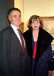 MR & MRS PETER HAMBRO members of the banking family, at a reception in London on 23rd March 2000.OCE 53<br /> © Desmond O'Neill Features:- 0208 971 9600<br />    10 Victoria Mews, London.  SW18 3PY  photos@donfeatures.com<br /> MINIMUM REPRODUCTION FEE AS AGREED.<br /> PHOTOGRAPH BY DOMINIC O'NEILL