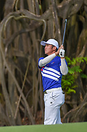 Yung-Hua LIU (TPE) watches his approach shot on 18 during Rd 1 of the Asia-Pacific Amateur Championship, Sentosa Golf Club, Singapore. 10/4/2018.<br /> Picture: Golffile | Ken Murray<br /> <br /> <br /> All photo usage must carry mandatory copyright credit (© Golffile | Ken Murray)