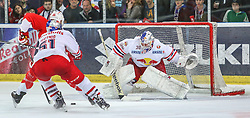 04.04.2014, Eisarena, Salzburg, AUT, EBEL, EC Red Bull Salzburg vs HCB Suedtirol, Finale, best of five, 1. Spiel, im Bild Tor zum 1:6 // during the 1st match of the final best of five round of the the Erste Bank Icehockey League Playoff between EC Red Bull Salzburg and HCB Suedtirol at the Eisarena in Salzburg, Austria on 2014/04/04. EXPA Pictures © 2014, PhotoCredit: EXPA/ Roland Hackl