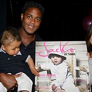 NLD/Amsterdam/20080612 - Presentatie nieuw blad Jackie Junior, Rosanna Lima, partner Patrick Kluivert en zoon Shane met het nieuwe blad