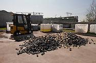 Nosedo, Milano : Impianto di depurazione delle acque reflue. Nosedo Waste Water Treatment plant. nella foto i corpi di riempimento dei deodorizzatori dell'aria.