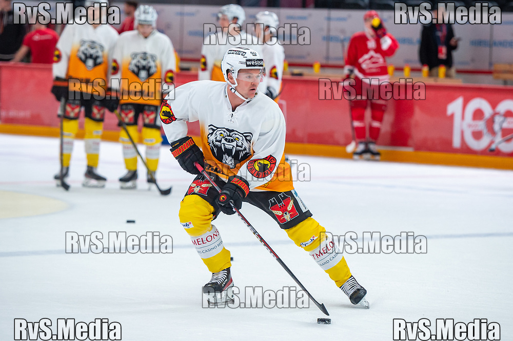 LAUSANNE, SWITZERLAND - SEPTEMBER 28: Jan Neuenschwander #40 of SC Bern warms up prior the Swiss National League game between Lausanne HC and SC Bern at Vaudoise Arena on September 28, 2021 in Lausanne, Switzerland. (Photo by Monika Majer/RvS.Media)