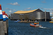 Koningsdag in Dordrecht / Kingsday in Dordrecht<br /> <br /> Op de foto / On the photo: Ark van Noach
