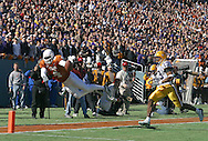Texas' Roy Williams sets up a touchdown late in the second quarter during UT's victory over Louisiana State in the Cotton Bowl Classic in Dallas, Texas.  Williams was named Offensive MVP.