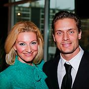 BEL/Brussel/20121223 - Belgische premiere musical Peter Pan, Winston post, partner Denise van Rijswijk en zoon Jayden