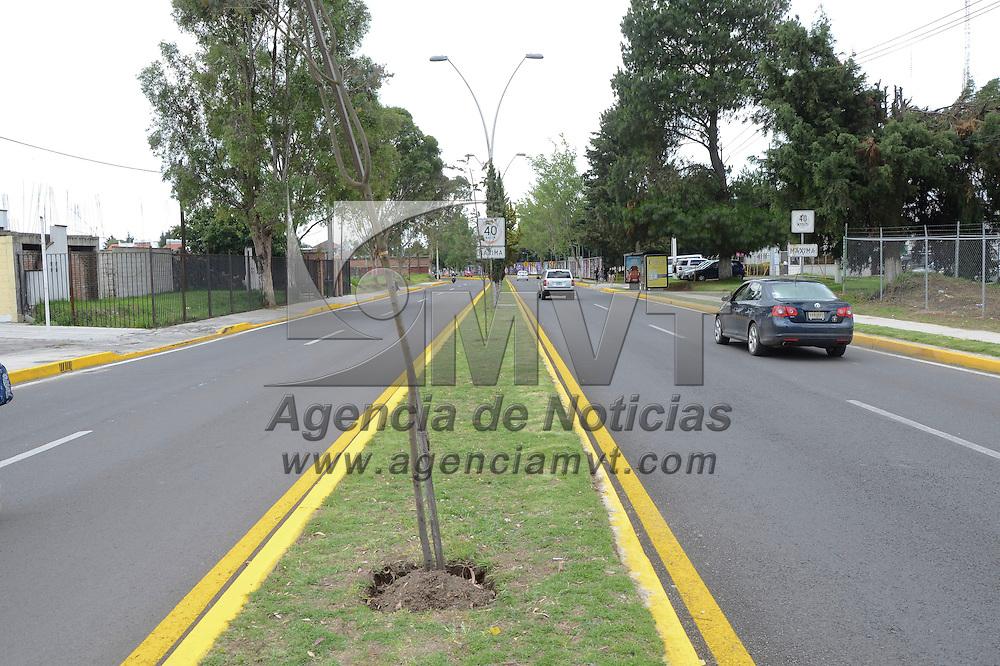 Metepec, México (Junio 22, 2016).- David López Cárdenas, presidente municipal de Metepec, inauguro la repavimentación de la Avenida Estado de México.  Agencia MVT / José Hernández.