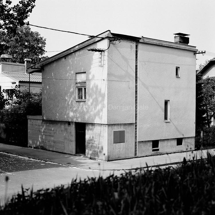 Stanovanjska hiša na Mirju