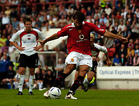 Fotball<br /> Foto: SBI/Digitalsport<br /> NORWAY ONLY<br /> <br /> Clyde v Manchester United, Preseason Friendly. 16/07/2005.<br /> <br /> Manchester United's Ruud van Nistelrooy converts a penalty for his first goal.