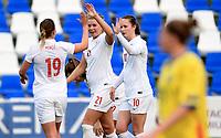 Fotball , 22. januar 2016 , Privaktamp kvinner,<br /> Norge - Romania<br /> Norway - Rumania<br /> Scoring , Ada Stolsmo Hegerberg (21) . Her med Caroline Graham Hansen 10 og Kristine Minde 19 , Norge