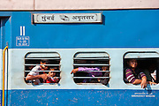 Indian people on crowded train at Bharatpur, Northern India