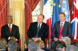 September 21, 2016 - Paris, France - KOFI ANNAN, JACQUES CHIRAC & TONY BLAIR. French President Jacques Chirac meets U.K.'s Prime Minister Tony Blair & Kofi Annan (General Secretary Of United Nations ) at the Elysee Palace. (Credit Image: © Visual via ZUMA Press)