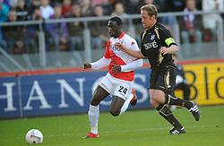 08-11-2009 VOETBAL: FC UTRECHT - HEERENVEEN: UTRECHT<br /> Utrecht verliest met 3-2 van Heerenveen / Jacob Mulenga en Michel Breuer<br /> ©2009-WWW.FOTOHOOGENDOORN.NL