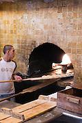 Tel Aviv, Jaffa, Kultbäckerei Said Abuelafia & Sons, Holzofen, Israel.|.Tel Aviv, Jaffa, bakery Said Abuelafia & Sons, Israel.
