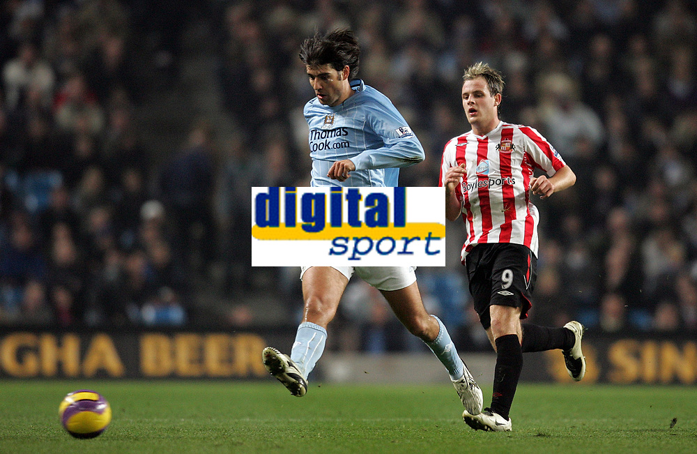 Photo: Paul Thomas/Sportsbeat Images.<br /> Manchester City v Sunderland. The FA Barclays Premiership. 05/11/2007.<br /> <br /> City's Vedran Corluka (L) clears the ball from Anthony Stokes.