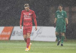 En ærgerlig Carl Lange (FC Helsingør) kigger ned efter målet til 1-0 under kampen i 1. Division mellem Fremad Amager og FC Helsingør den 21. oktober 2020 i Sundby Idrætspark (Foto: Claus Birch).
