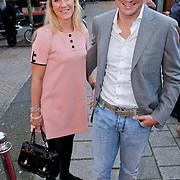 NLD/Amsterdam/20110925 - Benefietavond Red Sun Stichting Stop Kindermisbruik, Christjian Albers en partner Liselore Kooijman