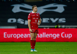 Tom Prydie of Scarlets<br /> <br /> Photographer Simon King/Replay Images<br /> <br /> Guinness PRO14 Round 11 - Ospreys v Scarlets - Saturday 22nd December 2018 - Liberty Stadium - Swansea<br /> <br /> World Copyright © Replay Images . All rights reserved. info@replayimages.co.uk - http://replayimages.co.uk