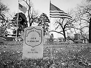 14 DECEMBER 2019 - DES MOINES, IOWA: Volunteers working with Wreaths Across America placed Christmas wreaths on the headstones of more than 600 US military veterans in Woodland Cemetery in Des Moines. The cemetery, one of the first in Des Moines, has the graves of veterans going back to the War of 1812.        PHOTO BY JACK KURTZ