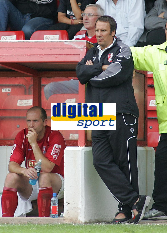 Photo: Paul Thomas.<br /> Walsall v Swansea. Coca Cola League 1.<br /> 27/08/2005.<br /> <br /> Paul Merson.