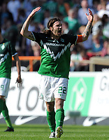 Fotball<br /> Tyskland<br /> 02.04.2011<br /> Foto: Witters/Digitalsport<br /> NORWAY ONLY<br /> <br /> 1:1 Jubel Torsten Frings (Werder)<br /> Bundesliga, SV Werder Bremen - VfB Stuttgart