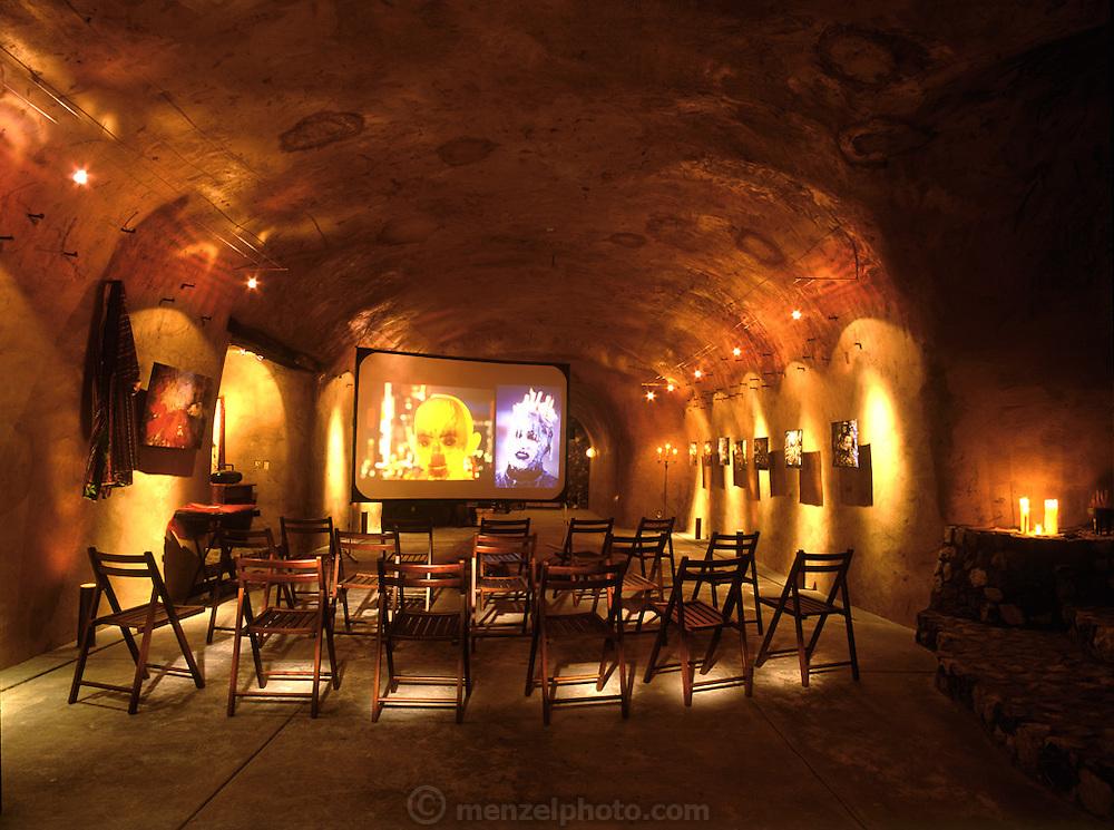 Peter Menzel & Faith D'Aluisio private cave, Napa Valley, California, USA. ((PRIV)).