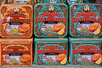 France, Manche (50), Baie du Mont Saint-Michel classé Patrimoine Mondial de l'UNESCO, Abbaye du Mont Saint-Michel, cookies de la Mère Poulard // France, Normandy, Manche department, Bay of Mont Saint-Michel Unesco World Heritage, Abbey of Mont Saint-Michel, Mère Poulard cookies
